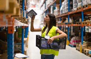 The Warehouse Jobs to Apply to During the Holiday Season